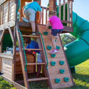 Cedar-Cove-Swing-Set-Climbing